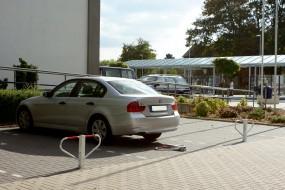 Parkplatzsperre umlegbar 70 x 70 mm Vierkantrohr
